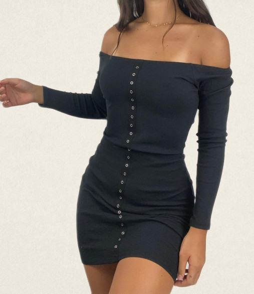 Robe off shoulder bouton...