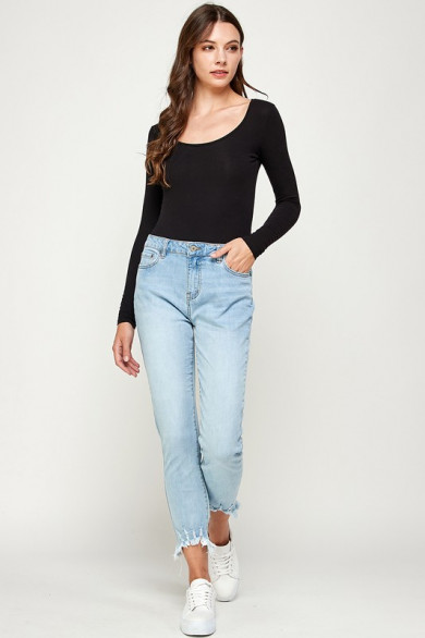 Jean straight taille moyenne
